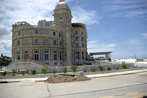 Hotel und Casino Carrasco von 1910 frisch renoviert. Die Carrascos waren die ersten Siedler von Montevideo