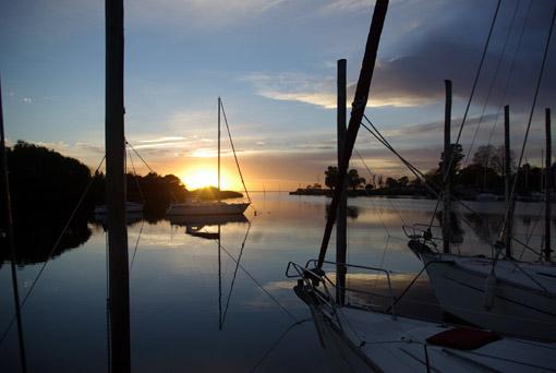 Sonnenaufgang über dem Rio de la Plata