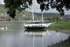 Ein Bahia Schoner bei Niedrigwasser